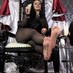 Posting Resources Goddess Ezada – Feet 1